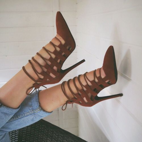 Trend Up And Lace Up! The New Sexy High Heels Trend This Season