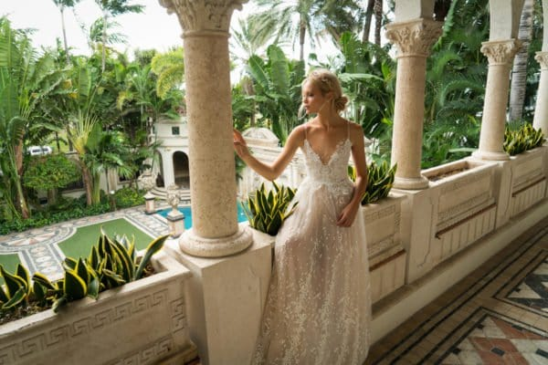 Yaki Ravid Breathtaking Bridal Gowns For 2017 Bride To Be