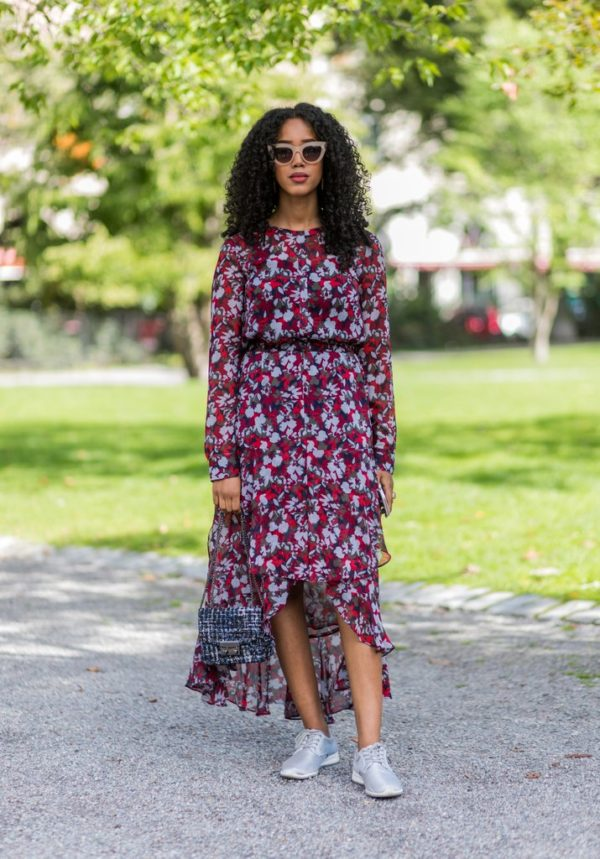 Dare To Look Chic And Trendy With The New Fasion Trend: Sneakers And Dress For Stunning Day Outfit
