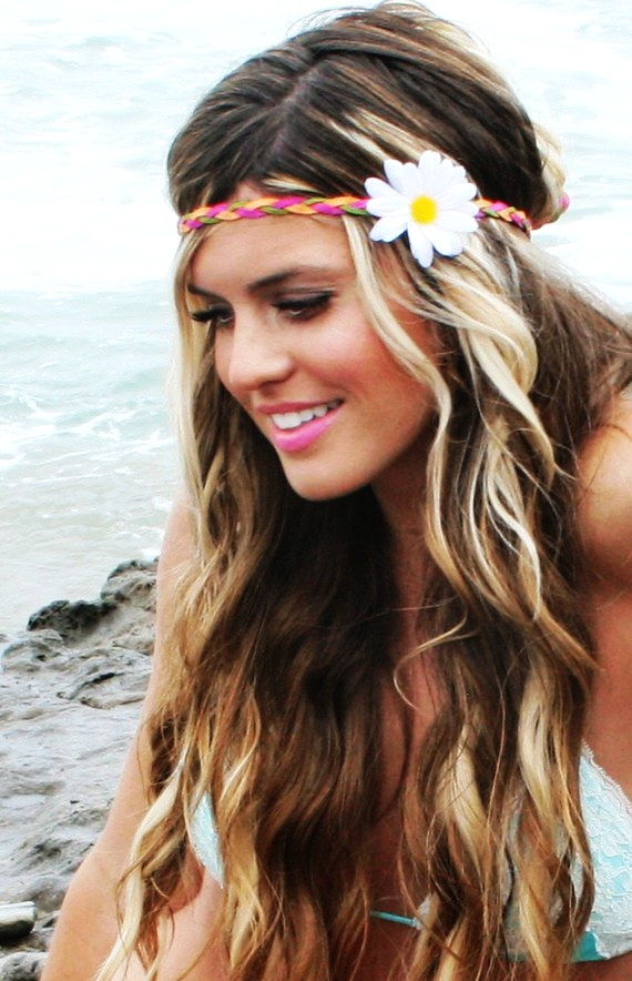 Beach Top Trendy Hairstyles For This Summer