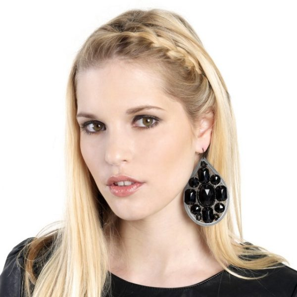 Big And Modern: Fabulous Statement Earrings For An Eye Catching Look