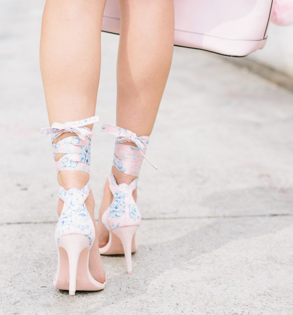 Lace Up Shoes For Feminine Look This Summer