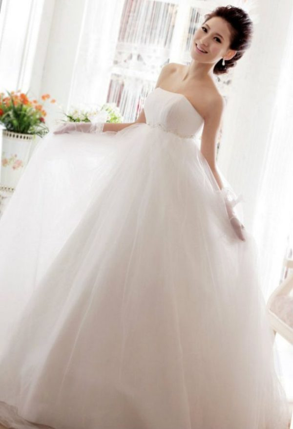 Maternity Wedding Dress For A Stylish Bride-To-Be And Mother-To-be