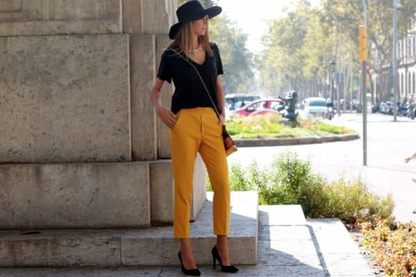 Mustard Yellow Street Outfits Inspired By Fall