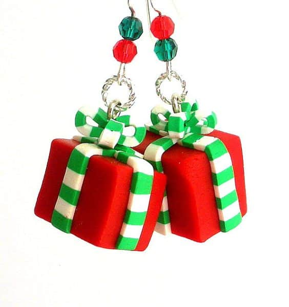 Creative DIY Christmas Earrings Tutorials To Completely Enjoy The Holiday Magic