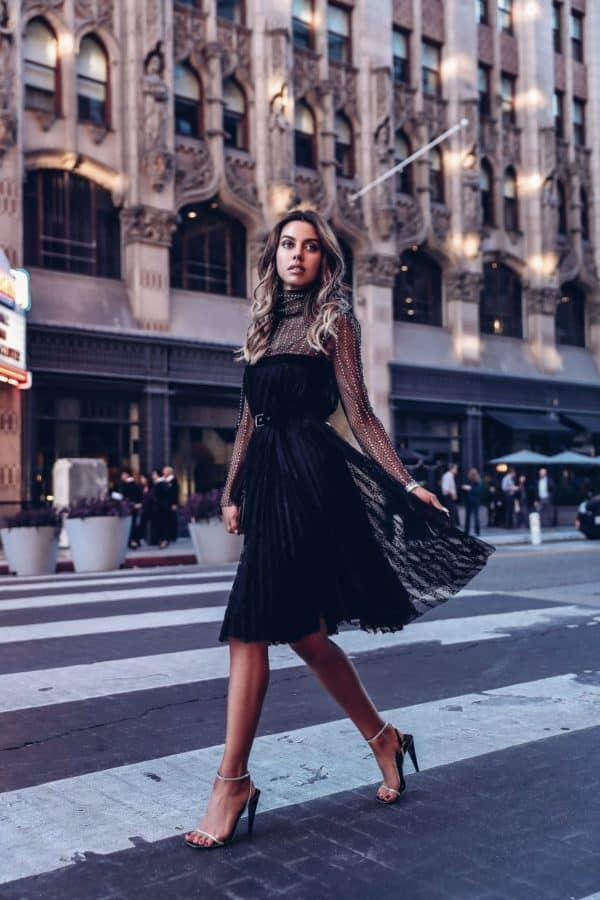 Trendy Dresses To shine On The New Year's Eve Celebration This Year