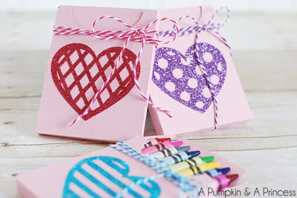 Adorable DIY Valnetines Day Decorations