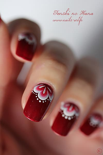 Hand Painted Manicures That Look Totally Stunning