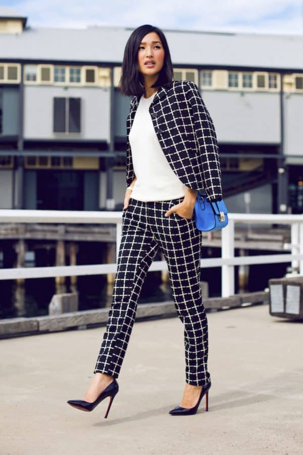 Classy Black And White Work Attire That Will Make You Look Professional