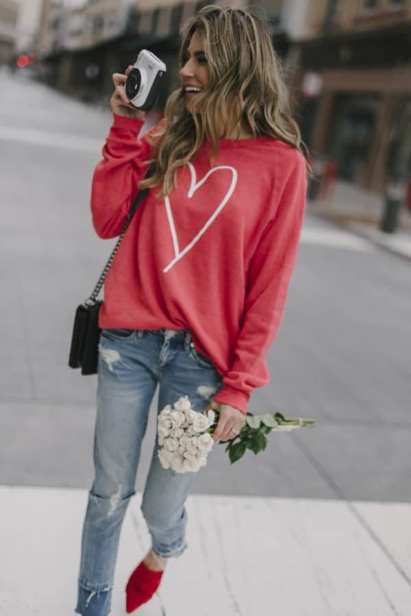 Flirty And Sophisticated Casual Valentines Day Outfits To Copy Now