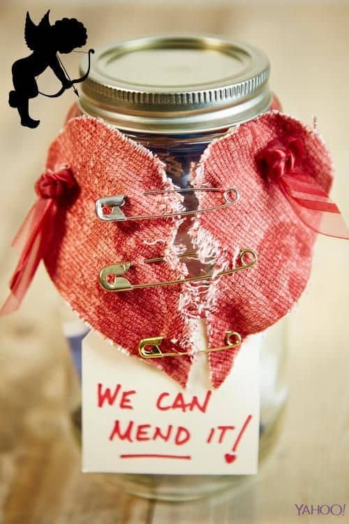 Sweet Mason Jar Valentines Day Crafts That Will Sweep You Off Your Feet