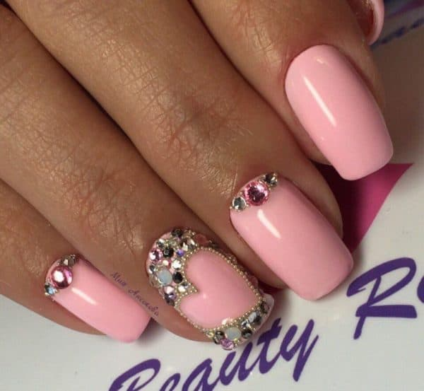 Splendid Nail Designs That Are Just Perfect For Prom