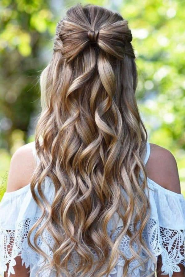 Stunning Prom Hairstyles That Will Take Your Breath Away