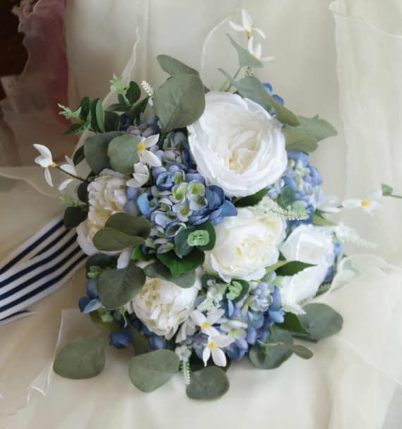 Wedding Guide: Something Blue Ideas