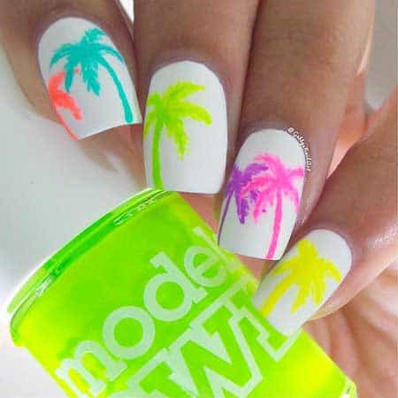 Beach Nail Art That Will Put You In The Summer Mood