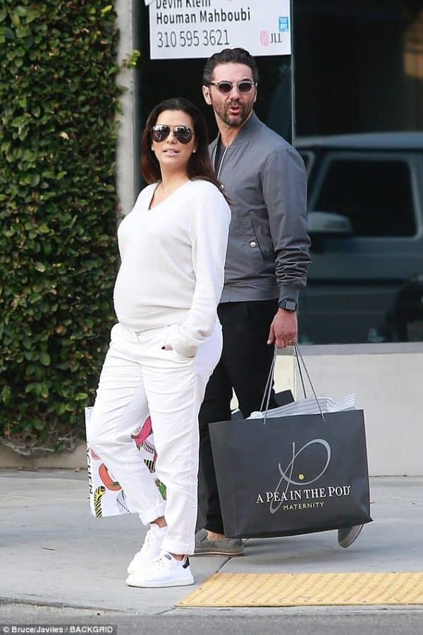 Pregnant And Beautiful Eva Longoria | Gorgeous Maternity Outfits That Will Inspire You