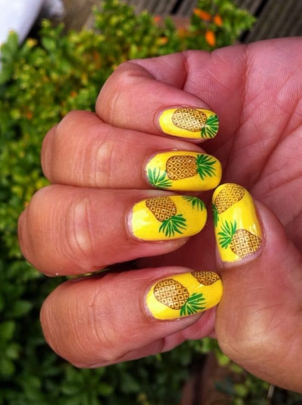 The Most Refreshing Fruit Manicure That You Have To Try This Summer