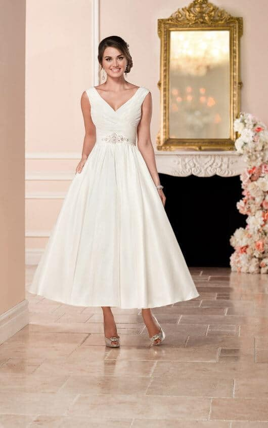 Gorgeous Short Wedding Dresses For Your Informal Wedding Day