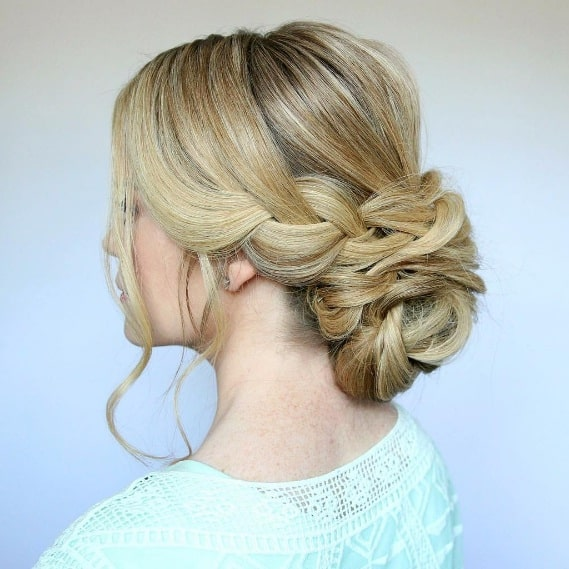 Elegant Low Bun Hairstyles That Will Make You Look Sophisticated