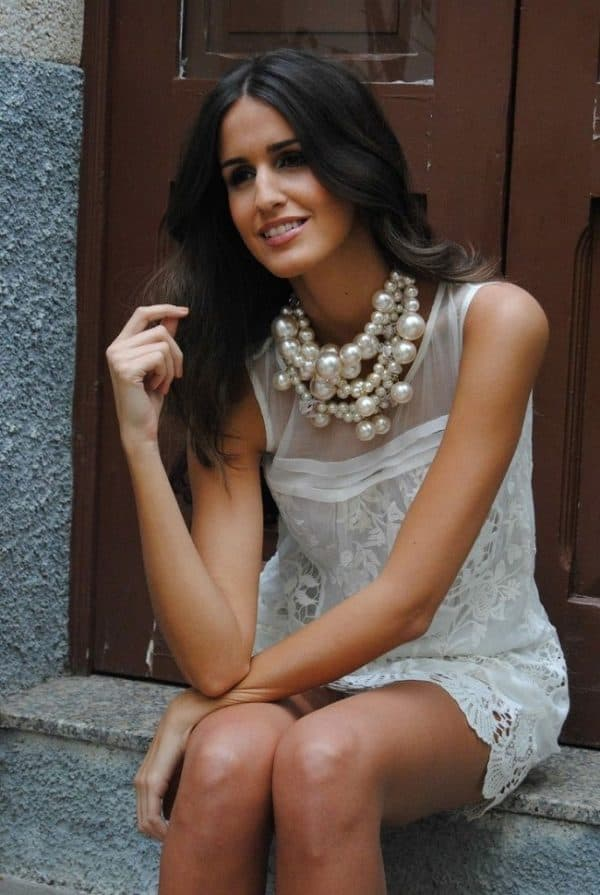 How to Wear Pearl Jewelry with Casual Outfits