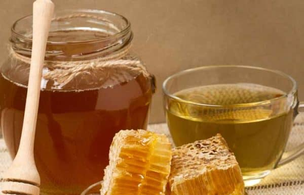 Homemade Recipes To Get Rid Of The Toxins In Your Hair
