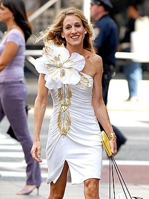 Stylist Fashion Lessons  Carrie Bradshaw Taught Us That Are Still Applicable Nowadays