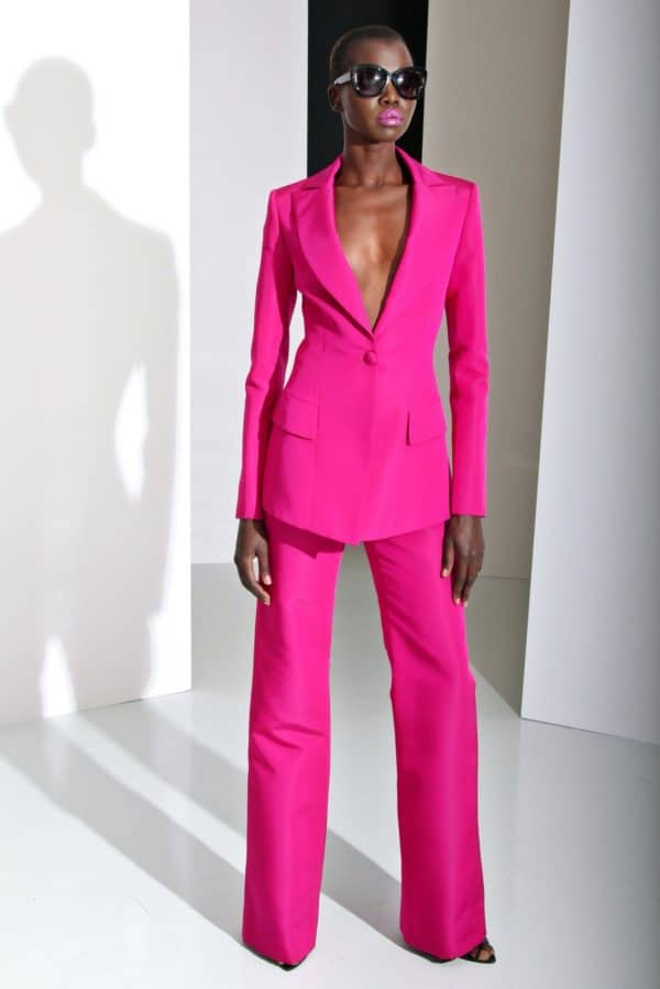 Spring 2019 Biggest Trend: Bold Colored Women Suits For Stylish And Professional Look