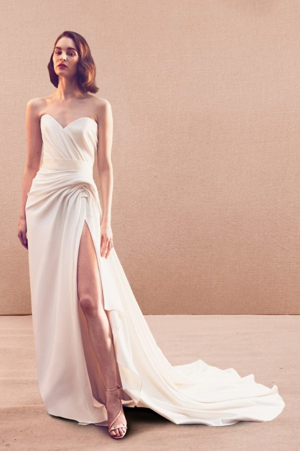 Oscar De La Renta  Spring 2020 Bridal Collection, A Dream Come True Of Every Bride To Be