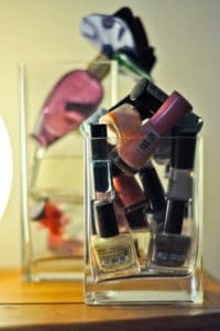 Inspiring DIY Nails Polishes Storing Ideas That Will Save You Space
