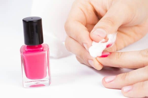 The Easiest DIY Nails Polish Remover Ideas You Can Try At Home