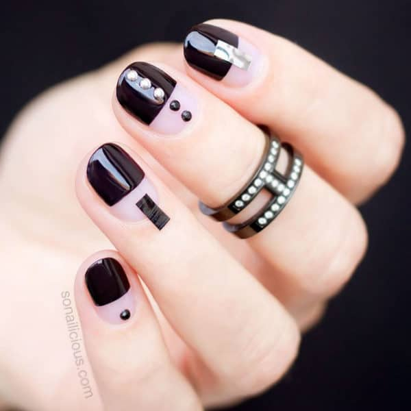 Bold And Black Manicure Ideas That Are Just Perfect For Fall And Winter
