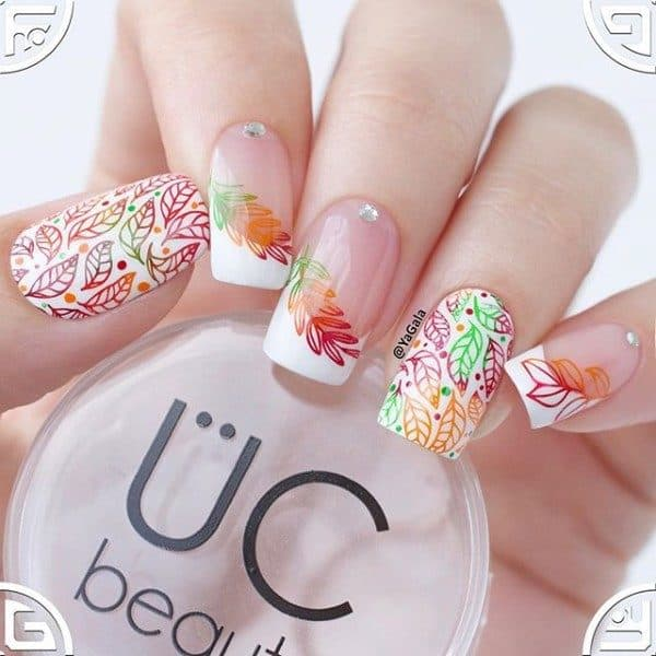 Eye Catching Leafy Fall Nails That Will Make You Fall In Love With Fall