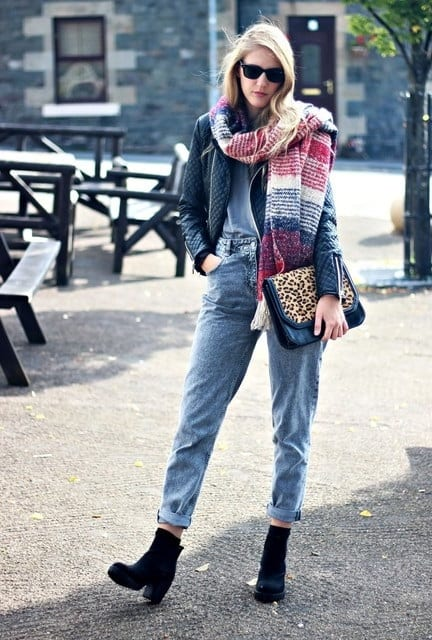 Magnificent Ways To Add Scarves To Your Fall Outfits And Make A Statement