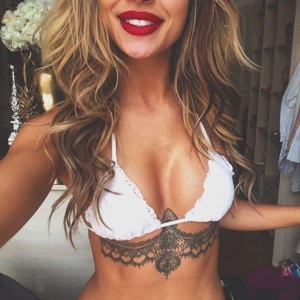 Amazing Under Breast Tattoos That Will Charm Women Immediately