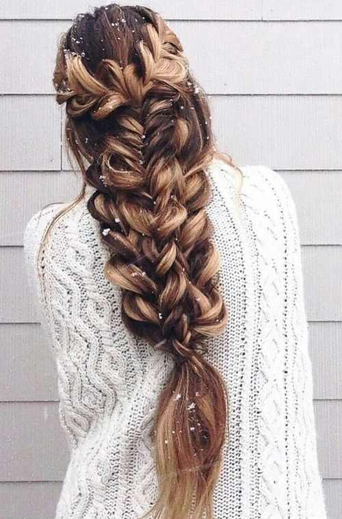 Lovely Christmas Hairstyle Ideas That Will Complete Your Holiday Look