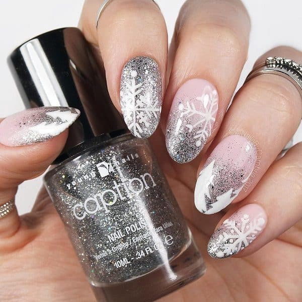 Snowflake Nails Designs That You Should Do This Winter