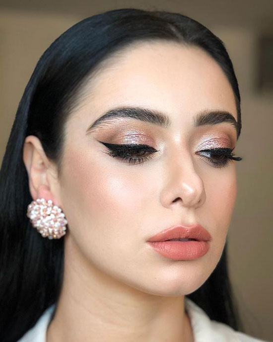 Divine Spring Bridal Makeup Looks That Will Make You Look Gorgeous On Your Wedding Day