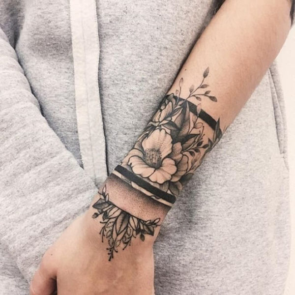 Striking Armband Tattoos That You Would Love To Get Next