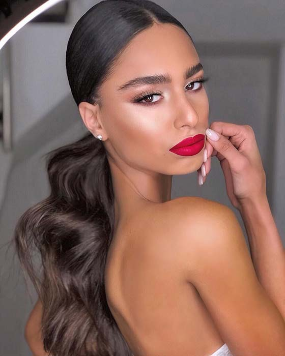 Sleek Hairstyles That Will Make You Look Elegant And Sophisticated This Summer