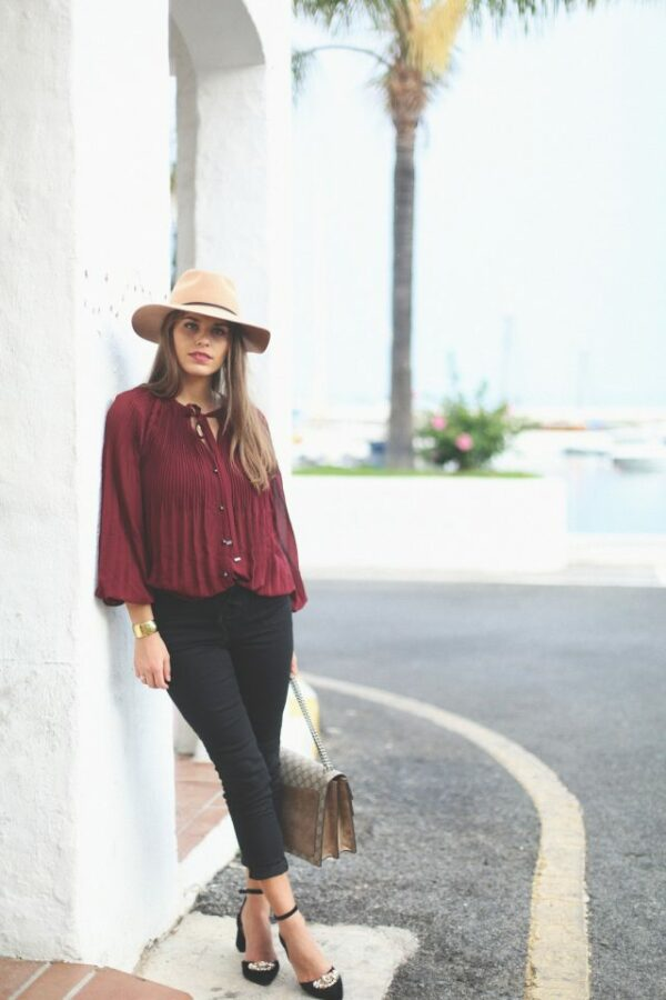 Fabulous Burgundy Outfits That Will Make You A Fashion Diva This Fall