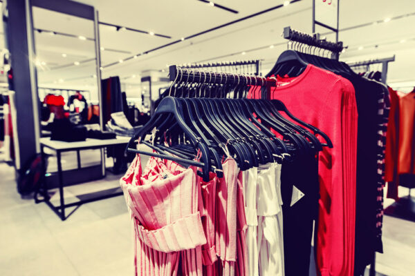 Clothes Shopping Online Cost Effectively