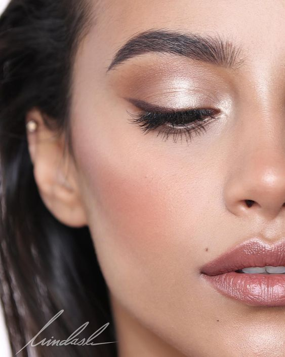 Minimal Makeup Looks That You Are Going To Love