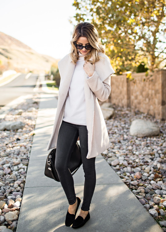 Five Fall Essentials for Fashionable Looks