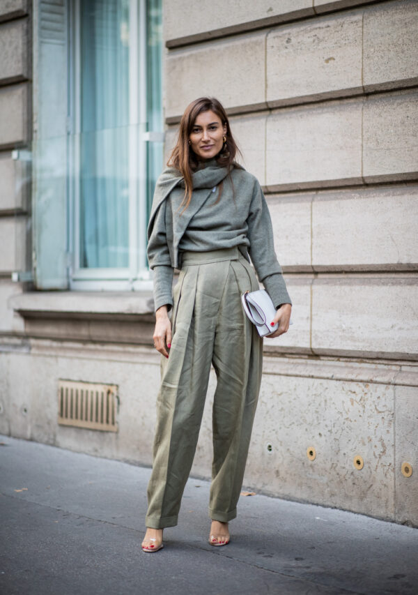 Sophisticated Minimalist Outfits For Early Fall