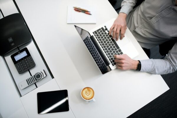 5 Best Side Hustle Ideas to Do From Home