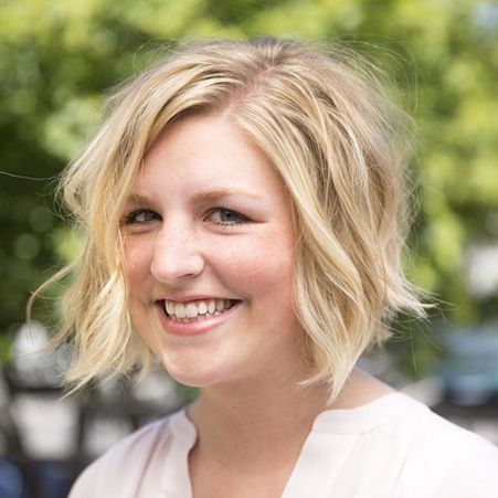 The Best Inverted Bob Haircut For Modern And Chic Look