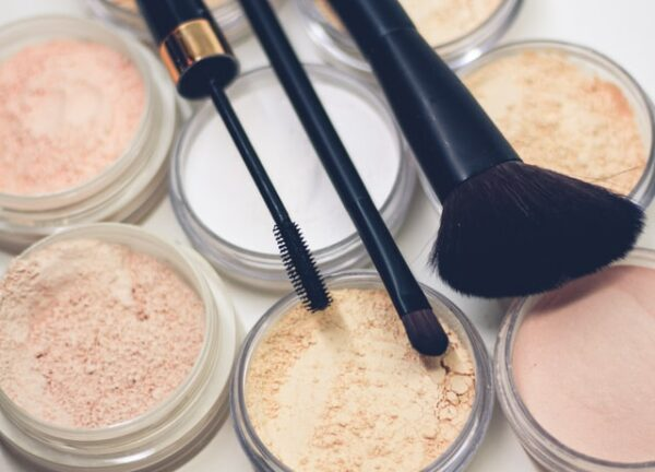 Facts You Should Know About Mineral Makeup