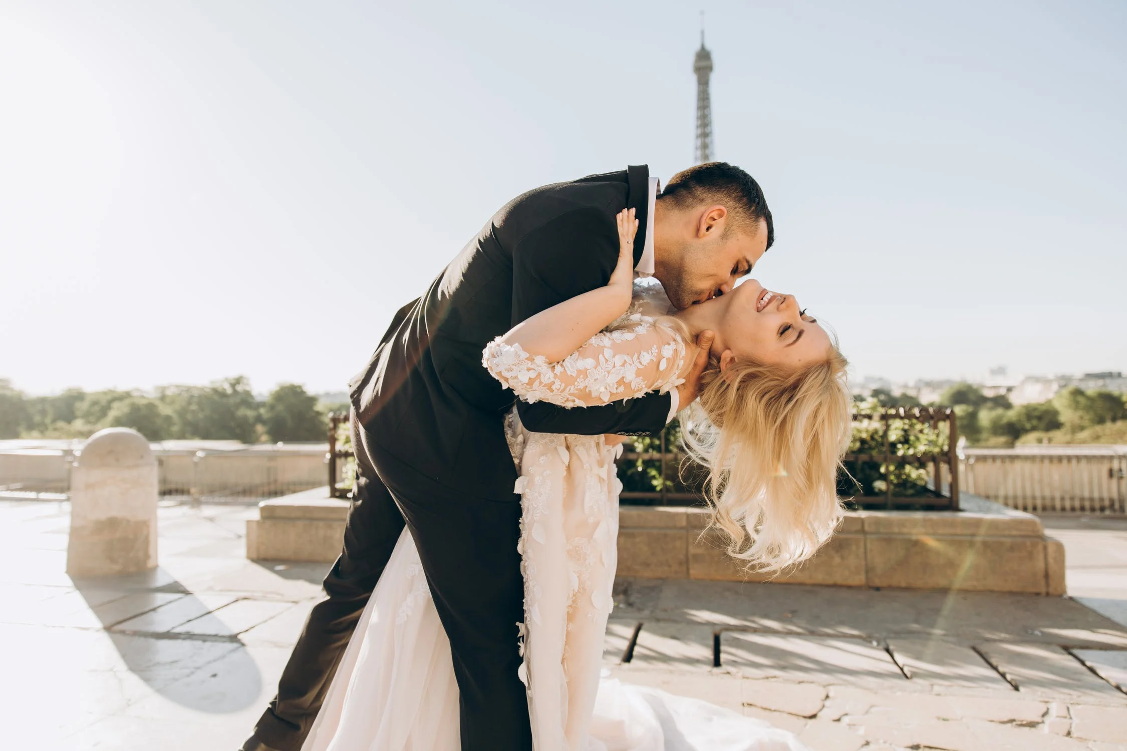4 Stylish Tips That Will Make Your Elopement Wedding Stand Out