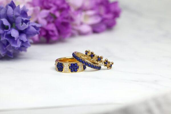 Stylish Ways To Wear Gemstone Jewelry