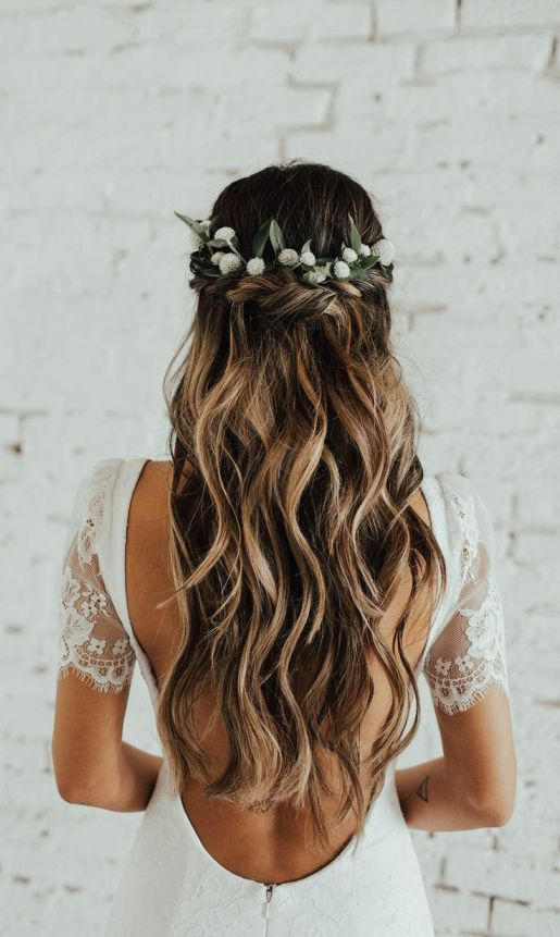 Inspiring Bridal Hairstyles With Flowers